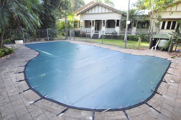 Completed DIY pool cover on QLD Pool