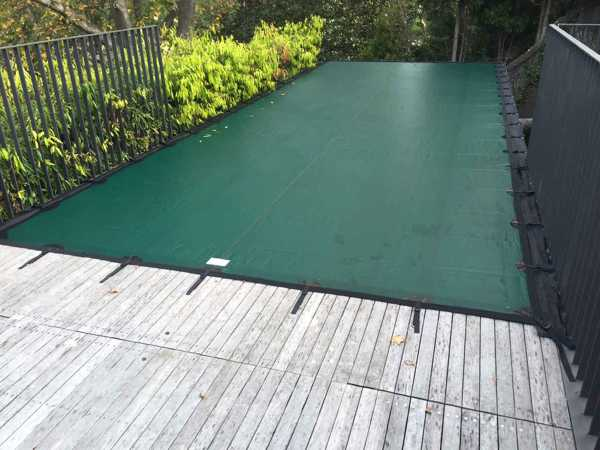 Leaf cover on elevated pool in Perth