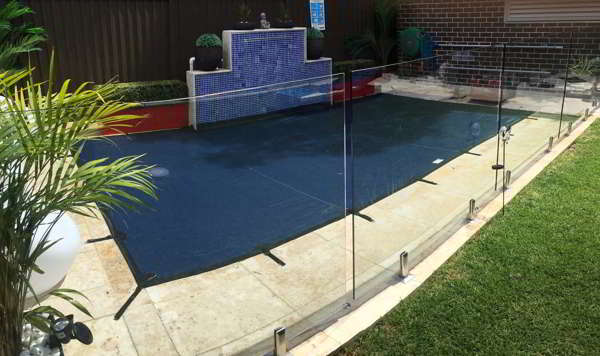 Gold Coast Feature Wall Pool Cover