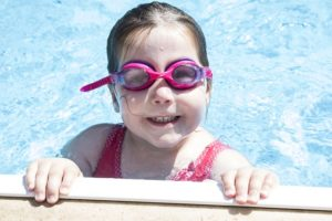 pool safety net prevents child drowning